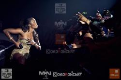 Tiwa doing Alanta Dance moves